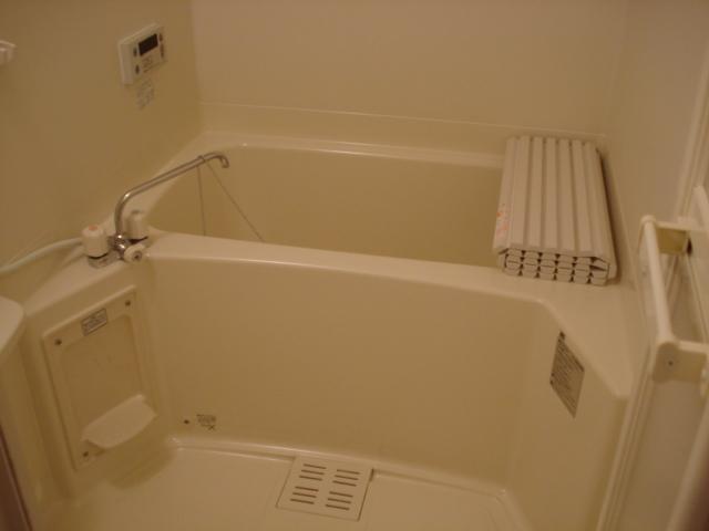 グランシャリオ 00202号室の風呂