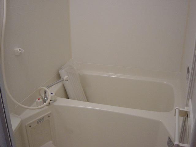 ソレイユ シャトー 302号室の風呂