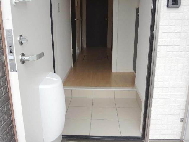 Feliz Reve 101号室の玄関