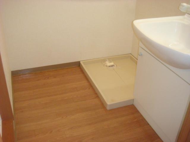 響ガーデンレジデンス 105号室の洗面所