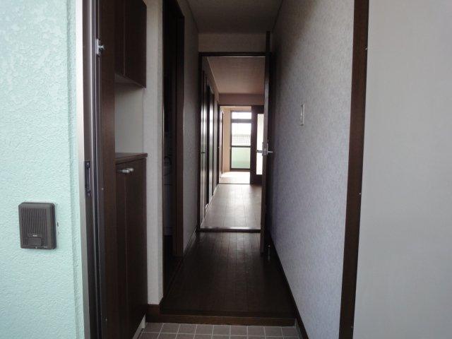 ガーデンコーポANO 00202号室の玄関