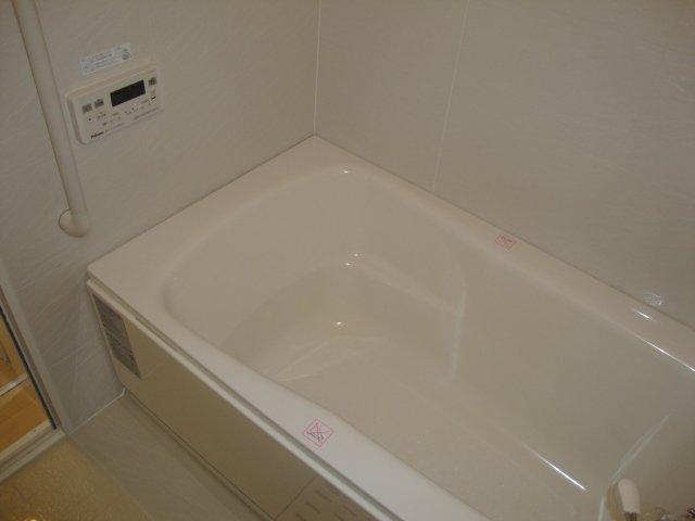 メゾン悠原 202号室の風呂