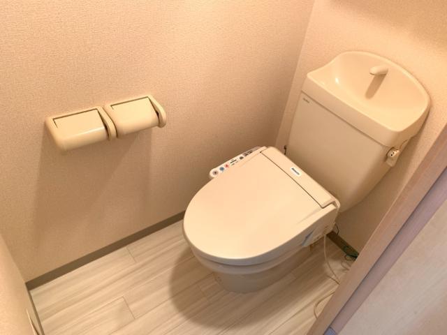 OPUS ONE 302号室のトイレ