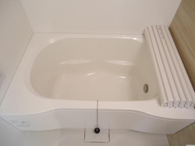 ウッドフレンズ明和 201号室の風呂