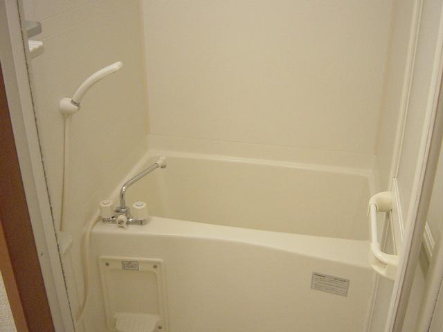 グローリアス・キャッスルⅠ 201号室の風呂