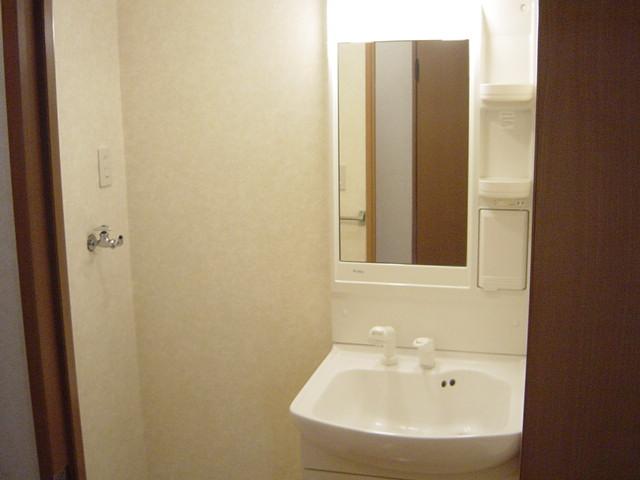 グローリアス・キャッスルⅠ 201号室の洗面所