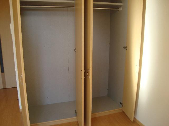 Charmant Coat 106号室の収納