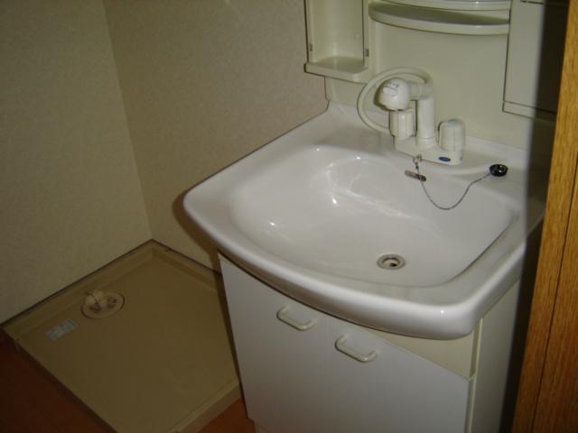 コーポアステル 00201号室の洗面所