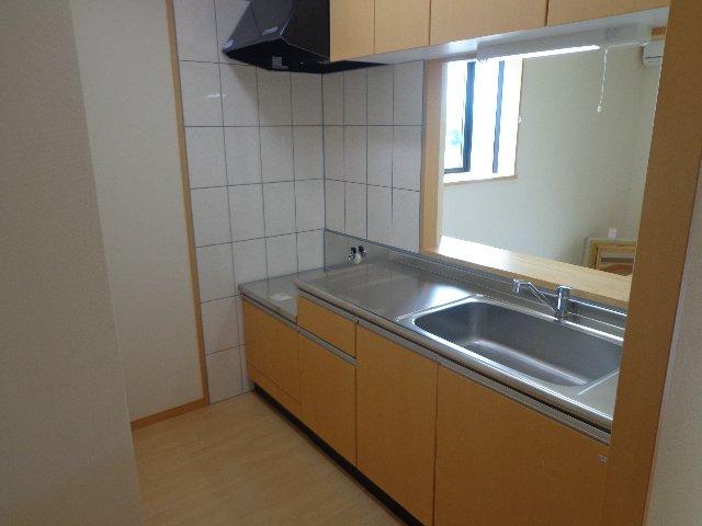 ハレクラニⅠ 201号室のキッチン