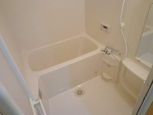 ハレクラニⅠ 201号室の風呂