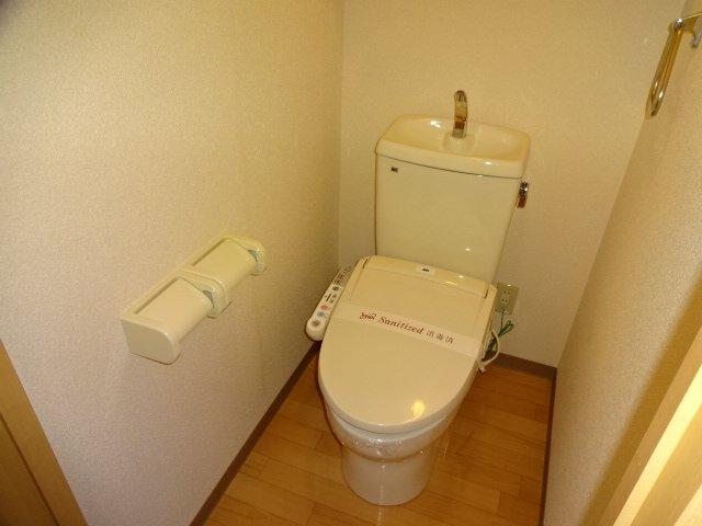 コーポ23 102号室のトイレ