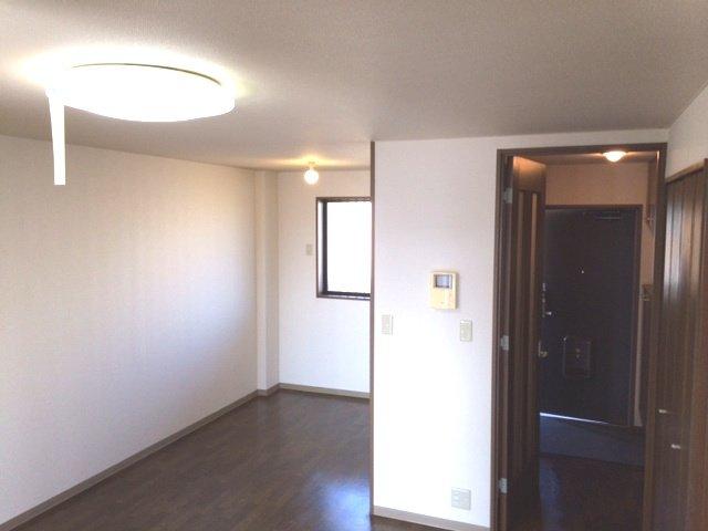 エスポアールK 202号室のリビング
