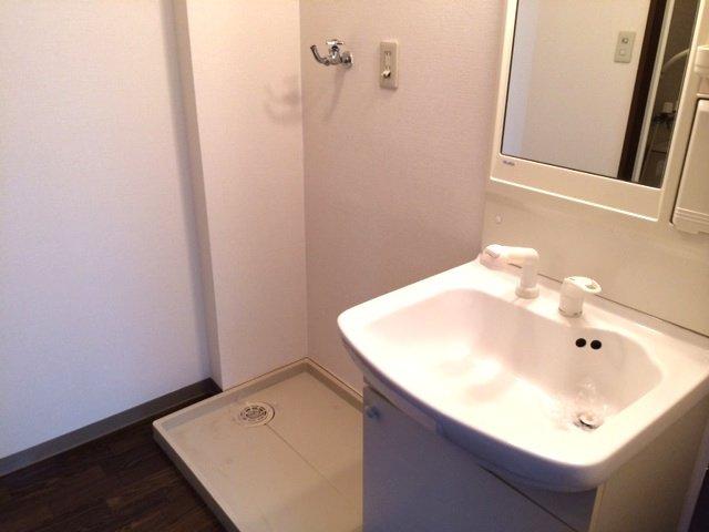エスポアールK 202号室の洗面所