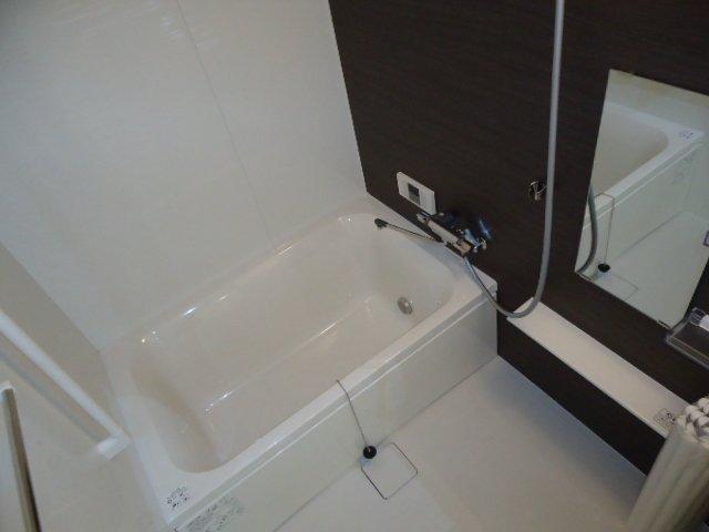 リヴィエール 205号室の風呂