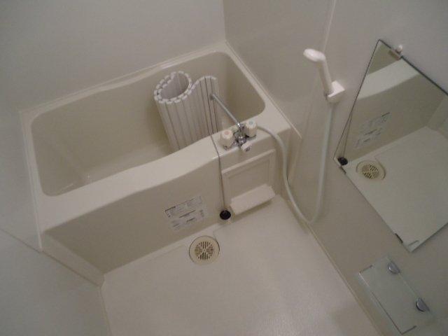 レジデンス 112号室の風呂
