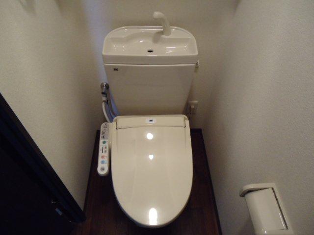 レジデンス 112号室のトイレ