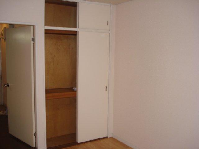 エクセル 00202号室の収納