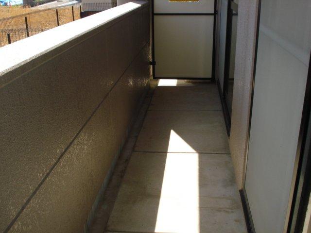 リヴィエール越戸B 101号室のバルコニー