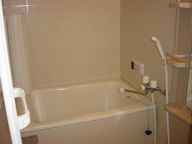 リヴィエール越戸B 101号室の風呂