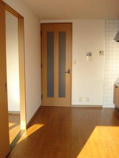カーサグランデ 105号室のリビング