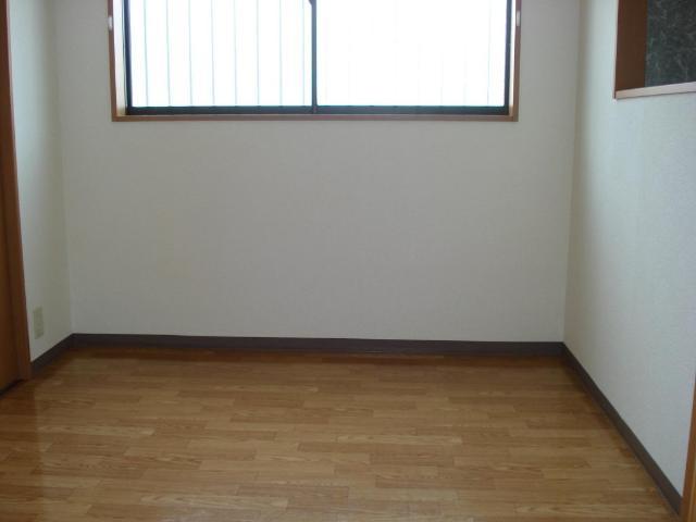 クオリティーハイツ 102号室のベッドルーム