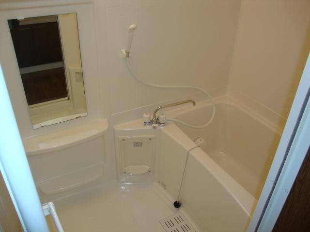 PARISⅢ(パリスリー) 103号室の風呂