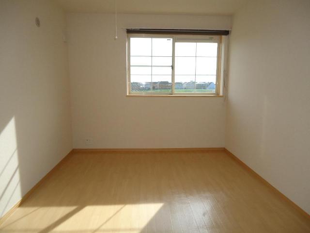 アラモード スクエア 00202号室の居室