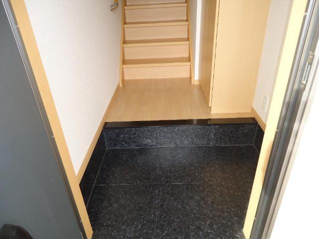アラモード スクエア 00202号室の玄関