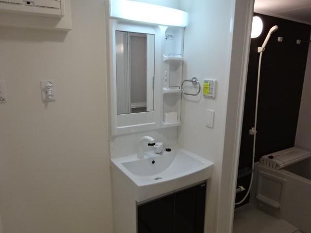 (仮称)新築息栖 2×4・ユニヴァリィⅡ 105号室の洗面所