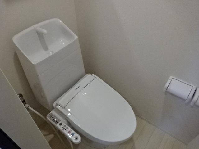 (仮称)新築息栖 2×4・ユニヴァリィⅡ 105号室のトイレ