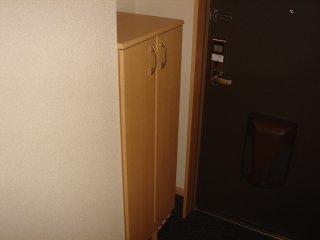アーバン ルピナス 103号室の玄関