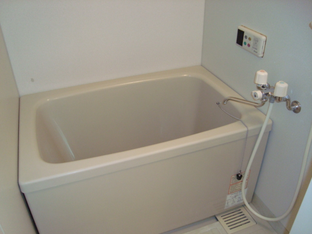 ヴィラすみよし 102号室の風呂