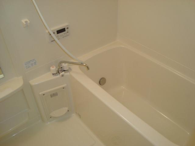 ワースファミリア 201号室の風呂