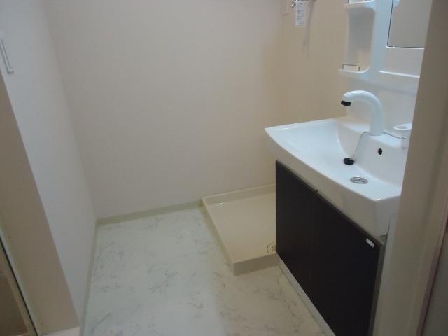 エストレイン 201号室の洗面所