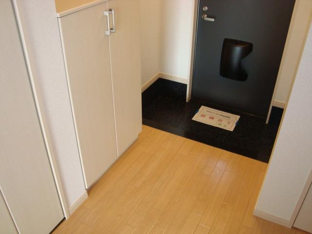Ciel Etoile(シエル エトワール) 103号室の玄関