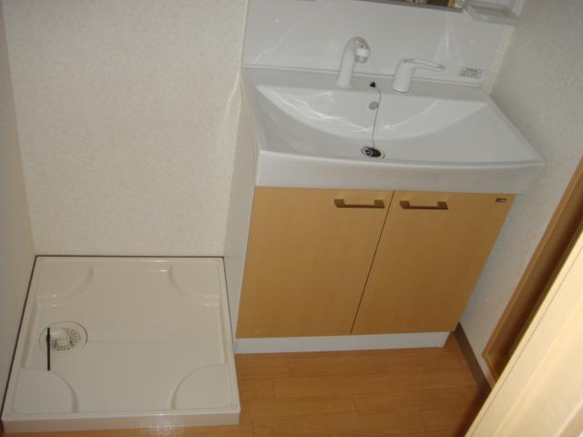 ドラクロワ 00106号室の洗面所