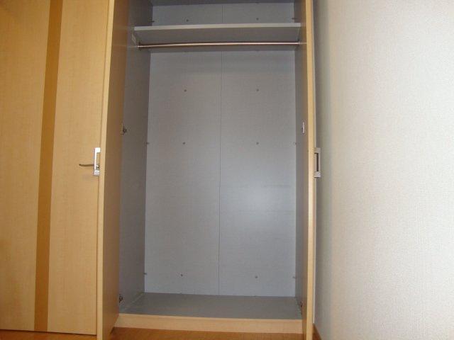 ドラクロワ 00106号室の収納
