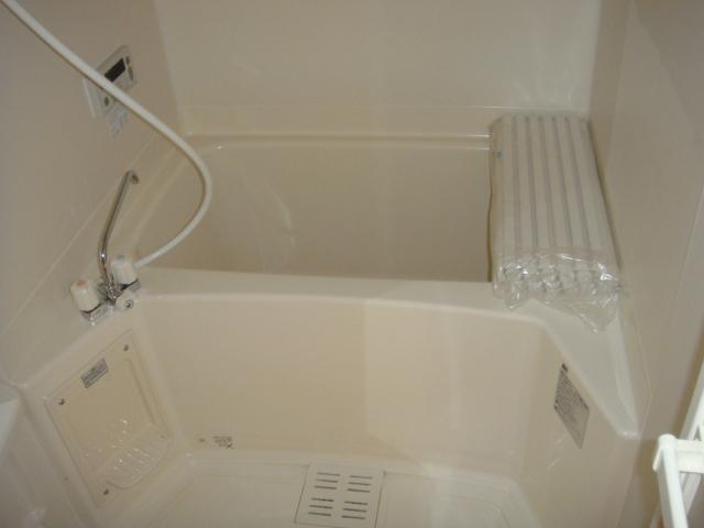 ドラクロワ 00106号室の風呂