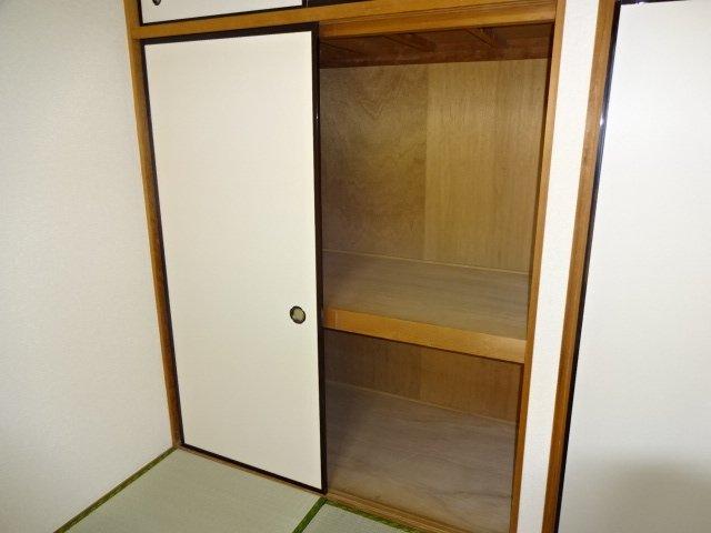 ハイツシュン 00101号室の収納