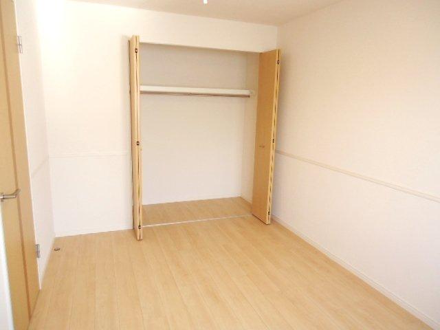 シュプール・ハウス 103号室の収納