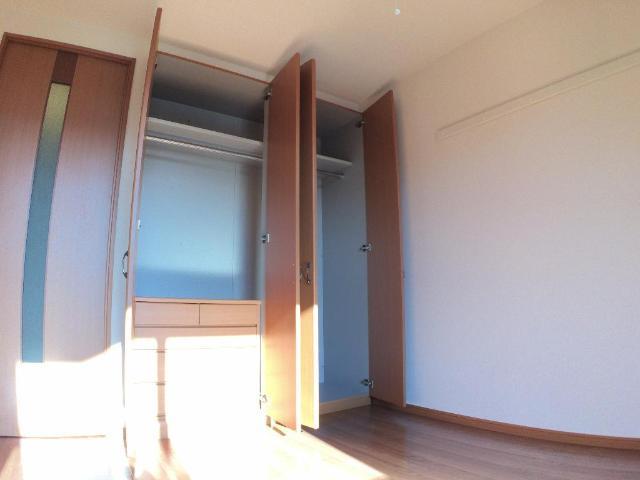 クリザンティーム 102号室の収納