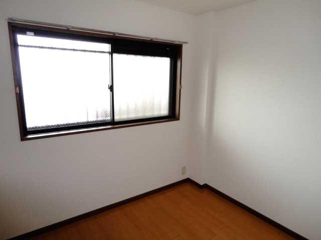 コンフォート雅 303号室のベッドルーム