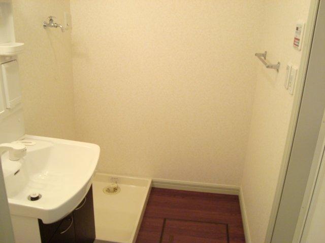 サンジュールウエストA 103号室の洗面所
