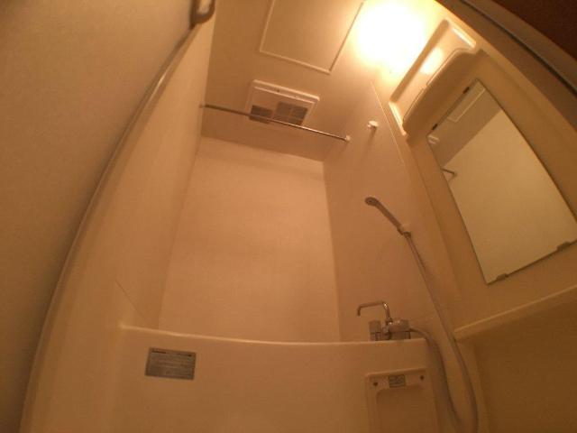 ティアラ 101号室の風呂