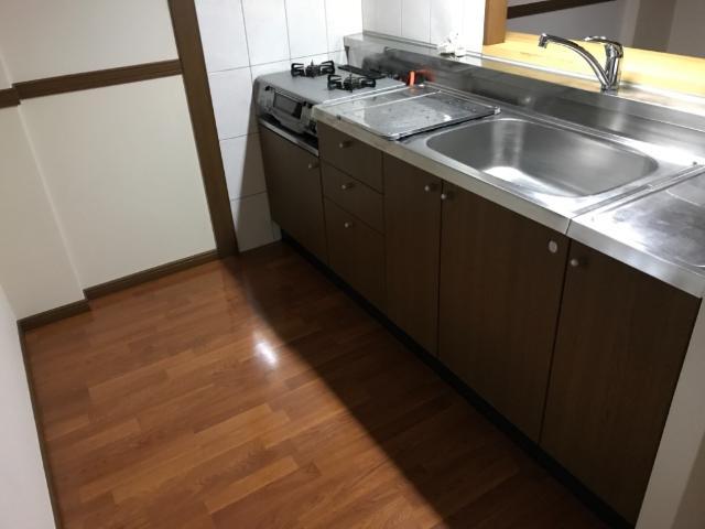ラフォーレ今里 102号室のキッチン