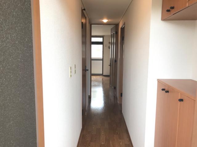 グリーンパレスⅡ 203号室の玄関