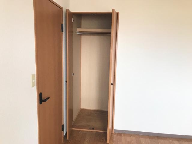 グリーンパレスⅡ 203号室の収納