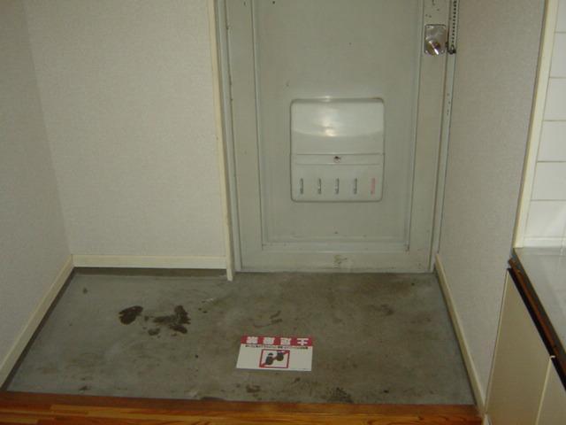 リバティ渋谷 00307号室の玄関