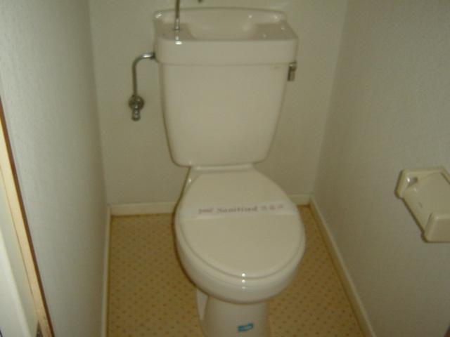 リバティ渋谷 00307号室のトイレ