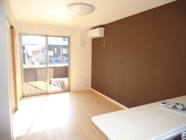 (仮)裾野市佐野アパート新築工事 202号室のリビング